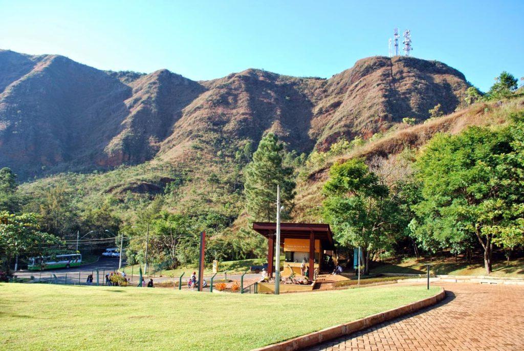 8 parques em BH que você precisa conhecer - parque serra do curral